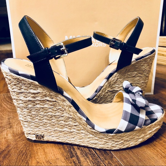 350d2a2a393 NWT Michael Kors Pippa Gingham Espadrille Wedge